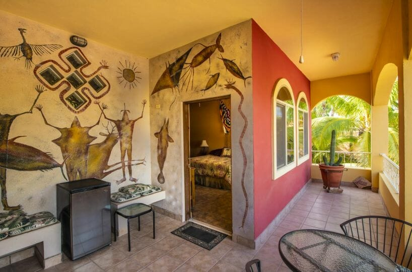 Four bedroom home in Loreto on large lot with sea and mountain views: Entrance to two guest bedrooms and bath.