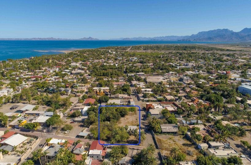 Large Property Near the Sea with Boat Garage and Guest Wing in Loreto Baja Sur: aerial view 2.