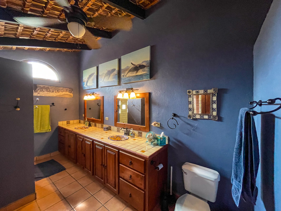 2 bed/2bath casa in private community: ensuite bath with washer and dryer.